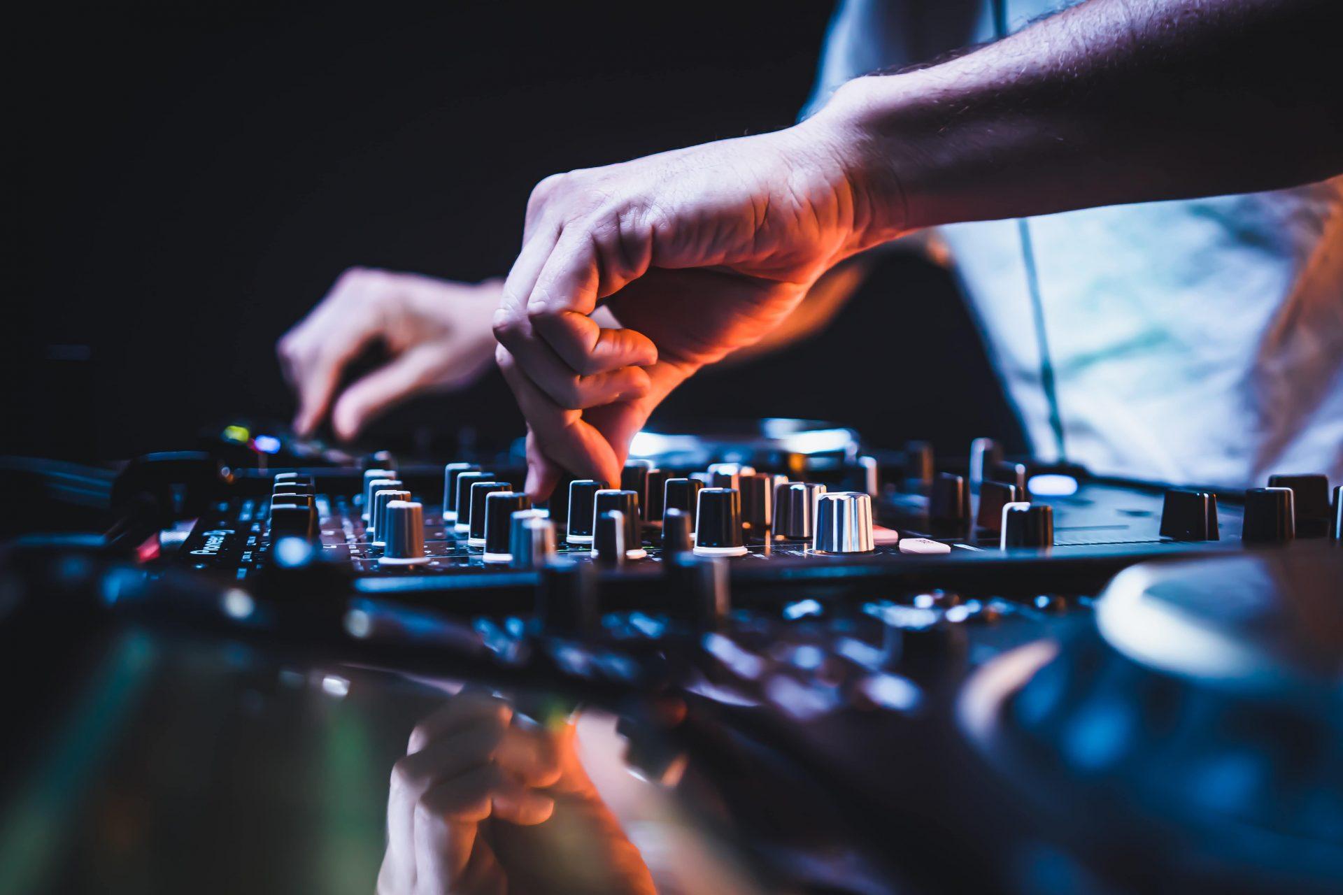COURS PARTICULIERS DJ ALLODJMARSEILLE